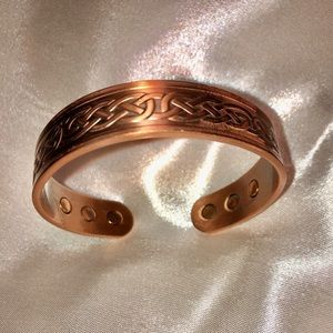 Jewelry - LADIES COPPER MAGNETIC BRACELET 4 FASHION & HEALTH